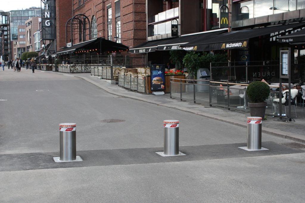 Aker brygge, Oslo Automatisk pullert 275P-600