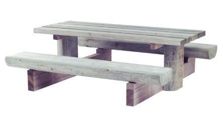 Møbler i tre