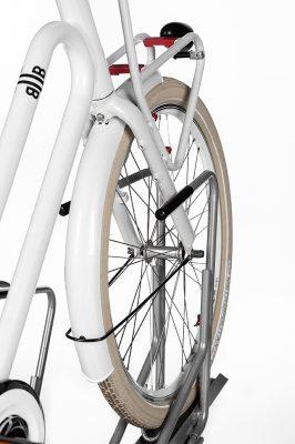 Sykkelstativ i 2 Høyder – 2ParkUp. Dobbelt stativ i 2 etasjer. Beskyttelse av frontgaffel